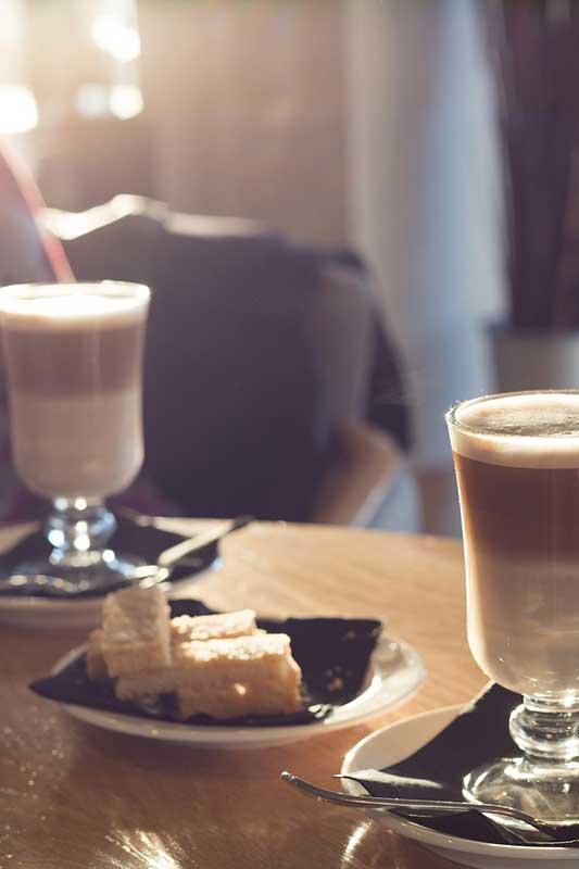 Latte Macchiato in Bäckereien anbieten